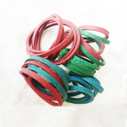 Kaibintech dry febric wrapped v-belt are normally available in A, B, 3LK, 4LK/AK, 5LK/BK. All cross section are available in different color including red, gray, blue, green. Клиновидные ремни с сухой обмоткой и кевларовой кордой (A, B, 3LK, 4LK, 5LK Profiles)